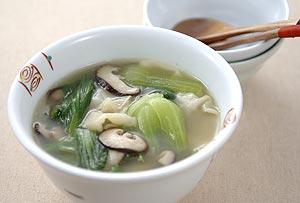 チンゲン菜のワンタンスープ