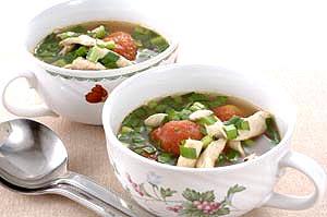 丸ごとトマトと鶏ササミのスープ