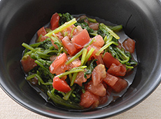 ほうれん草とトマトのサラダ